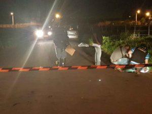 Mulher morre atropelada por carro na frente do marido em Campo Grande