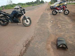 Colisão entre motocicletas deixa vitimas com escoriações leves em Coxim